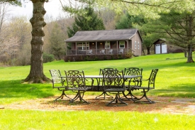 IMMACULATE, SECLUDED, FULLY FURNISHED DELAWARE COUNTY CABIN - A remarkable country waterfront property