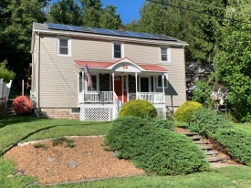 1920's Colonial Home in Heart of CATSKILLS - Downtown Callicoon, NY